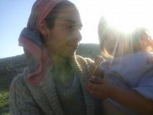 תמונה של אסתר לחמן, ערוגות טיפוח אורגני