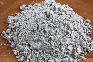 green-french-clay-powder-23618422