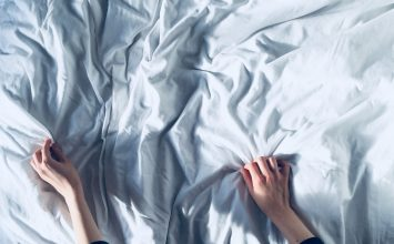 להפוך את חדר השינה שלך לארומטי
